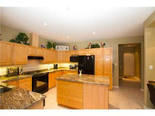 """Photo 2: 19 998 RIVERSIDE Drive in Port Coquitlam: Riverwood Townhouse for sale in """"PARKSIDE PLACE"""" : MLS®# V973342"""