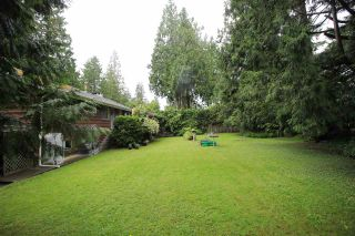 """Photo 3: 4521 SOUTHRIDGE Crescent in Langley: Murrayville House for sale in """"Murrayville"""" : MLS®# R2339975"""