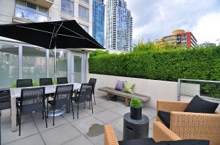 "Photo 2: 411 1225 RICHARDS Street in Vancouver: Yaletown Condo for sale in ""Eden"" (Vancouver West)  : MLS®# V1052342"