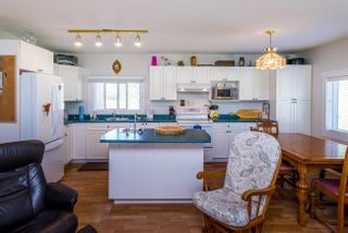 Photo 15: 7955 SUTLEY Road in Prince George: Pineview Manufactured Home for sale (PG Rural South (Zone 78))  : MLS®# R2616713