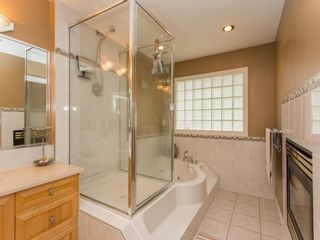 Photo 14: 15539 78A Avenue in Surrey: Fleetwood Tynehead House for sale : MLS®# R2009441