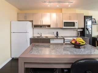 """Photo 6: 1205 550 TAYLOR Street in Vancouver: Downtown VW Condo for sale in """"The Taylor"""" (Vancouver West)  : MLS®# R2093056"""
