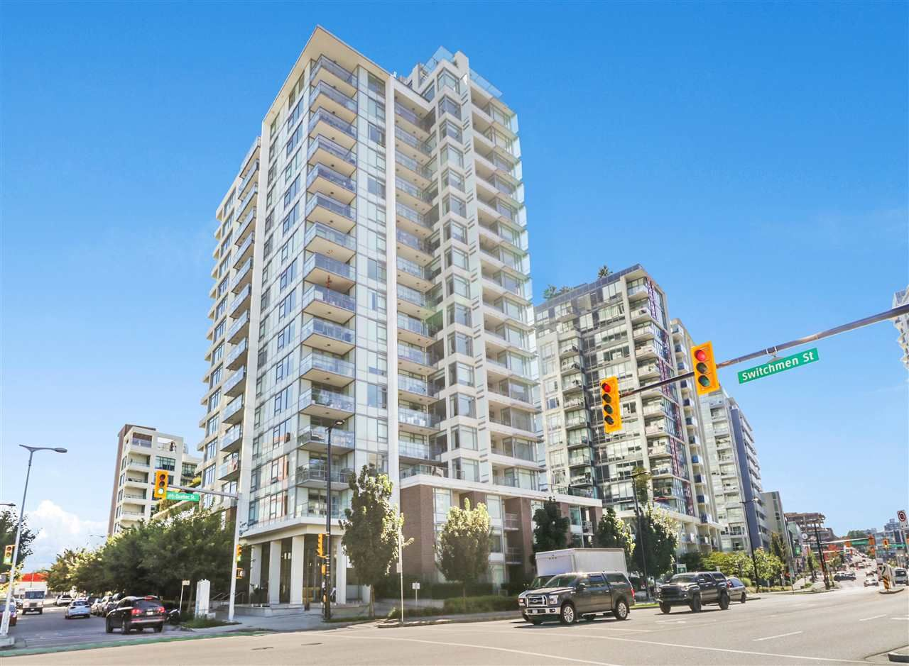 """Main Photo: 1105 110 SWITCHMEN Street in Vancouver: Mount Pleasant VE Condo for sale in """"THE LIDO"""" (Vancouver East)  : MLS®# R2524028"""