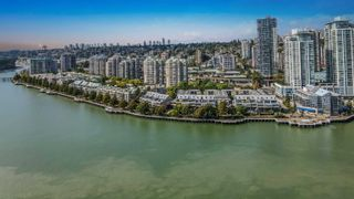 """Photo 2: 802 1045 QUAYSIDE Drive in New Westminster: Quay Condo for sale in """"Quayside Tower"""" : MLS®# R2617819"""