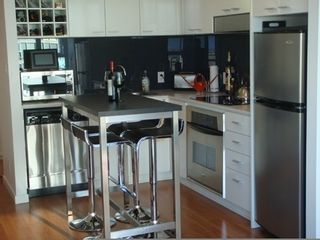 """Photo 5: 2706 668 CITADEL PARADE in Vancouver: Downtown VW Condo for sale in """"SPECTRUM"""" (Vancouver West)  : MLS®# R2000257"""