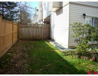 """Photo 9: 170 10077 156TH Street in Surrey: Guildford Townhouse for sale in """"Guildford Park"""" (North Surrey)  : MLS®# F2804645"""