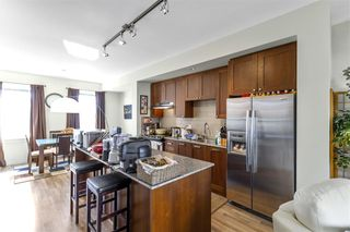 Photo 2: 59 688 EDGAR Avenue in Coquitlam: Coquitlam West Townhouse for sale : MLS®# R2561976