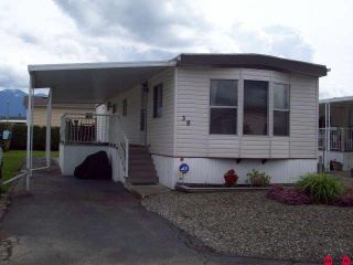 """Photo 1: # 38 9055 ASHWELL RD in Chilliwack: Chilliwack W Young-Well House for sale in """"RAINBOW ESTATES"""" : MLS®# H1102289"""