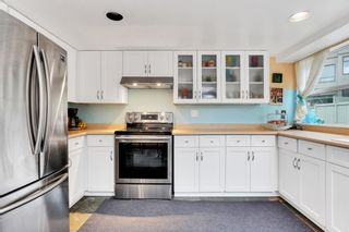 Photo 5: 2215 OAK Street in Vancouver: Fairview VW Townhouse for sale (Vancouver West)  : MLS®# R2542195