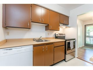 """Photo 8: 1914 10620 150 Street in Surrey: Guildford Townhouse for sale in """"Lincoln's Gate"""" (North Surrey)  : MLS®# R2379653"""