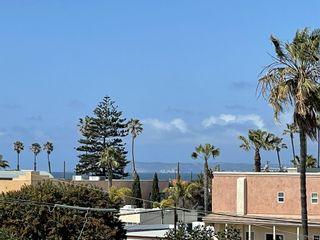 Photo 12: IMPERIAL BEACH Condo for sale : 3 bedrooms : 251 Dahlia