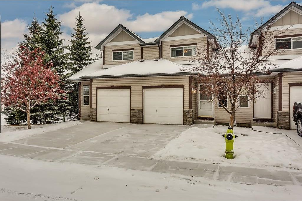 Photo 1: Photos: 137 MILLVIEW Square SW in Calgary: Millrise House for sale : MLS®# C4145951