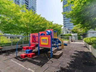 """Photo 27: 806 668 CITADEL Parade in Vancouver: Downtown VW Condo for sale in """"Spectrum 2"""" (Vancouver West)  : MLS®# R2604617"""