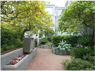 """Photo 5: # 6 877 W 7TH AV in Vancouver: Fairview VW Townhouse for sale in """"EMERALD COURT"""" (Vancouver West)  : MLS®# V1028020"""