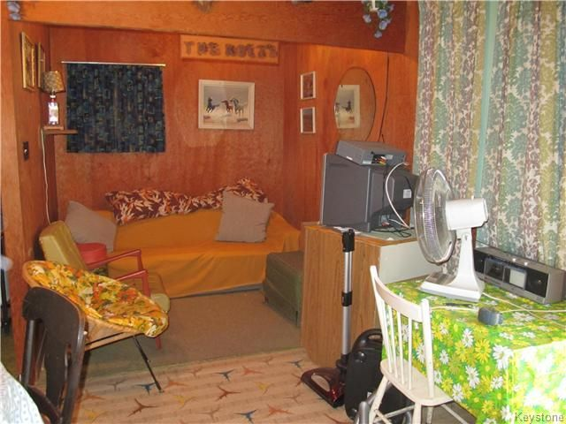 Photo 11: Photos:  in St Laurent: Twin Lake Beach Residential for sale (R19)  : MLS®# 1712721
