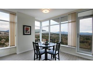 Photo 8: # 2907 3102 WINDSOR GT in Coquitlam: New Horizons Condo for sale : MLS®# V1104666