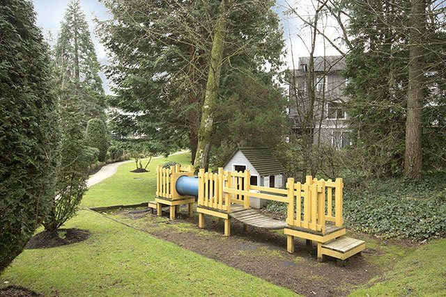 """Photo 17: Photos: 39 15075 60 Avenue in Surrey: Sullivan Station Townhouse for sale in """"NATURE'S WALK"""" : MLS®# R2052983"""