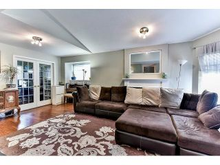 """Photo 4: 162 15501 89A Avenue in Surrey: Fleetwood Tynehead Townhouse for sale in """"AVONDALE"""" : MLS®# R2058419"""
