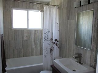 Photo 12: 240 VAN HORNE Crescent NE in Calgary: Vista Heights House for sale : MLS®# C4012124
