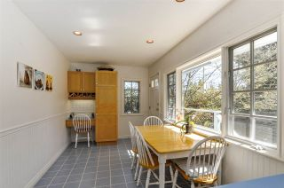 """Photo 13: 4852 QUEENSLAND Road in Vancouver: University VW House for sale in """"Little Australia"""" (Vancouver West)  : MLS®# R2256757"""
