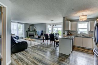 Main Photo: 302 9 Country Village Bay NE in Calgary: Country Hills Village Apartment for sale : MLS®# A1114944