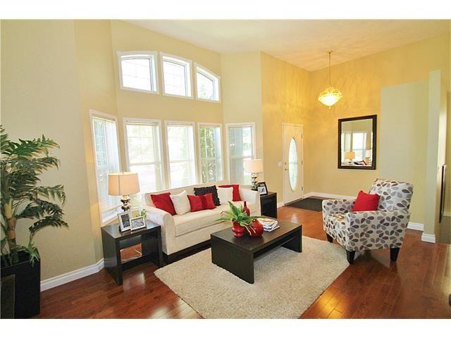 Photo 5: Photos: 122 HIDDEN RANCH Circle NW in Calgary: Hidden Valley House for sale : MLS®# C4075298