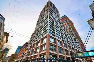 """Photo 3: 1406 108 W CORDOVA Street in Vancouver: Downtown VW Condo for sale in """"WOODWARDS W-32"""" (Vancouver West)  : MLS®# R2578411"""