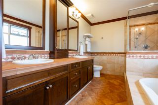 Photo 25: 15539 SEMIAHMOO AVENUE: White Rock House for sale (South Surrey White Rock)  : MLS®# R2554599