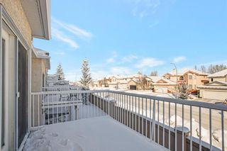 Photo 2: 31 Hamptons Link NW in Calgary: Hamptons Row/Townhouse for sale : MLS®# A1067738