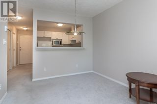Photo 9: 322 2245 James White Blvd in Sidney: House for sale : MLS®# 877140