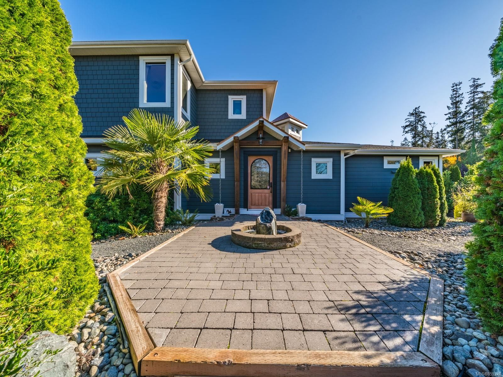 Main Photo: 487 COLUMBIA Dr in : PQ Parksville House for sale (Parksville/Qualicum)  : MLS®# 859221
