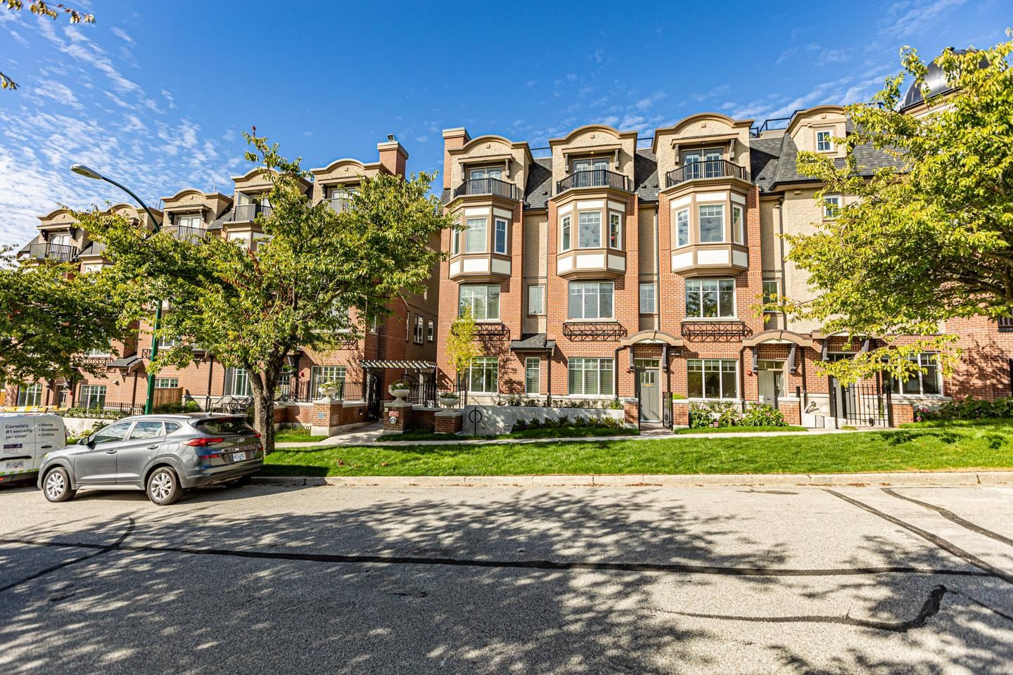 Main Photo: 7511 YUKON Street in Vancouver: Marpole Townhouse for sale (Vancouver West)  : MLS®# R2620555