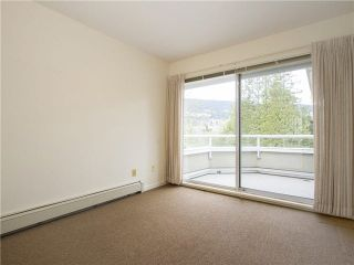 """Photo 5: 21 2130 MARINE Drive in West Vancouver: Dundarave Condo for sale in """"Lincoln Gardens"""" : MLS®# V1115405"""