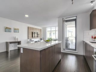 """Photo 7: 402 3162 RIVERWALK Avenue in Vancouver: Champlain Heights Condo for sale in """"SHORELINE"""" (Vancouver East)  : MLS®# R2220256"""