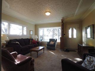 Photo 2: 1308 Crescent Road in Portage la Prairie: House for sale : MLS®# 202105436