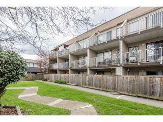 "Photo 18: 16 17700 60 AVENUE Avenue in Surrey: Cloverdale BC Condo for sale in ""CLOVER PARK GARDENS"" (Cloverdale)  : MLS®# R2546795"