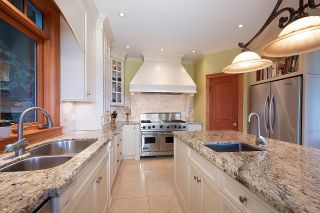Photo 11: 935 WINDJAMMER Road: Bowen Island House for sale : MLS®# R2624775