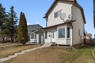 Photo 2: 6728 43 Avenue NE in Calgary: Temple Detached for sale : MLS®# A1092805