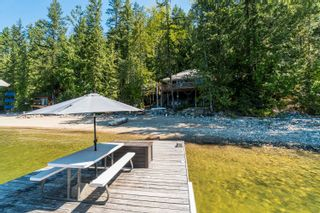 Photo 4:  in Sicamous: Shuswap Lake House for sale : MLS®# 10212975