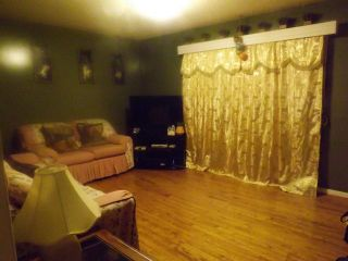 Photo 3: 1060 ALFRED Avenue in WINNIPEG: North End Residential for sale (North West Winnipeg)  : MLS®# 1213807