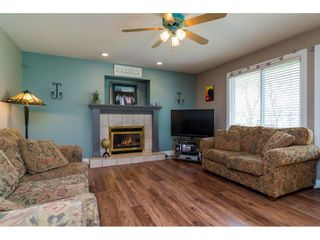 """Photo 11: 20595 97B Avenue in Langley: Walnut Grove House for sale in """"DERBY HILLS"""" : MLS®# R2156981"""