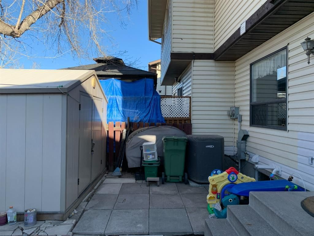 Photo 20: Photos: 37 Fonda Drive SE in Calgary: Forest Heights Semi Detached for sale : MLS®# A1081967