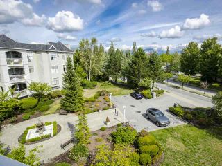 """Photo 8: 303 5677 208 Street in Langley: Langley City Condo for sale in """"IVY LEA"""" : MLS®# R2000017"""