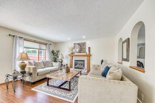 Photo 9: 23 Citadel Meadow Grove NW in Calgary: Citadel Detached for sale : MLS®# A1149022