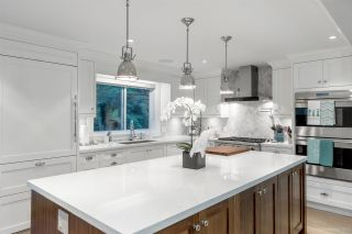 Photo 3: 1660 CHARLAND Avenue in Coquitlam: Central Coquitlam House for sale : MLS®# R2428560