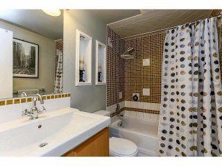 """Photo 16: 102 15265 ROPER Avenue: White Rock Condo for sale in """"WILTSHIRE"""" (South Surrey White Rock)  : MLS®# F1428825"""