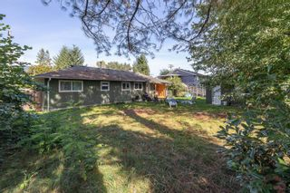 Photo 5: 3317 HANDLEY Crescent in Port Coquitlam: Lincoln Park PQ House for sale : MLS®# R2620351