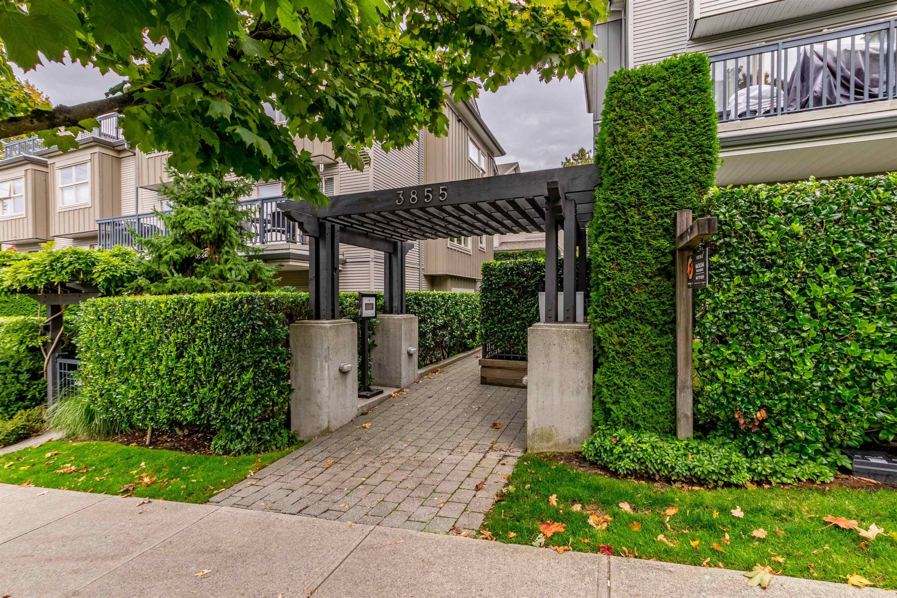 """Main Photo: 3 3855 PENDER Street in Burnaby: Willingdon Heights Townhouse for sale in """"ALTURA"""" (Burnaby North)  : MLS®# R2625365"""