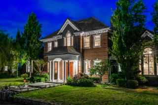 Photo 2: 19085 40 Avenue in Surrey: Serpentine House for sale (Cloverdale)  : MLS®# R2486535