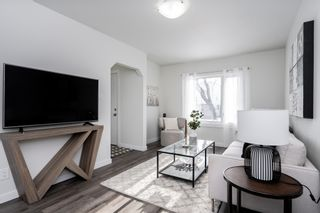 Photo 2: 111 West Melrose Avenue in Winnipeg: West Transcona House for sale (3L)  : MLS®# 202101626
